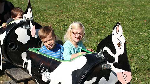 Children enjoying the MooMooChooChoo