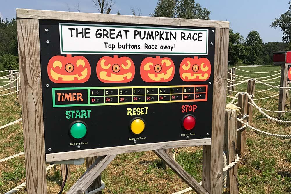 Start sign for great pumpkin race